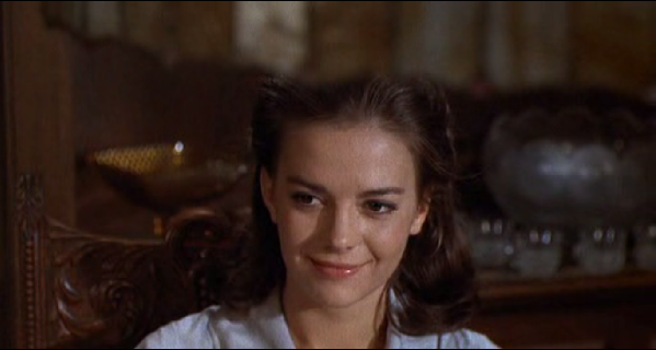 slendor on in the grass Natalie  wood woods movie review still capture image
