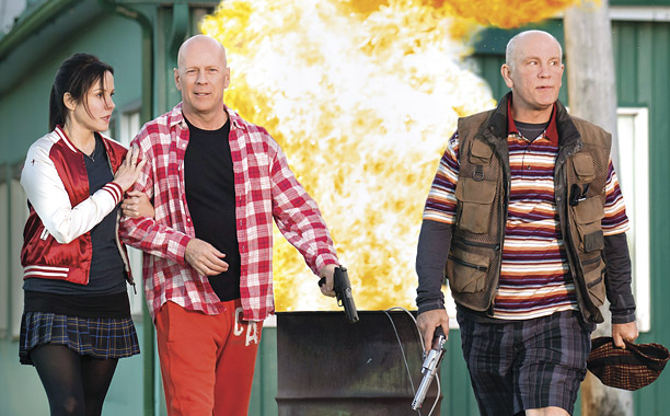 (L-R) MARY-LOUISE PARKER, BRUCE WILLIS and JOHN MALKOVICH star in RED 2    Ph: Jan Thijs  ï© 2013 Summit Entertainment, LLC.  All rights reserved.