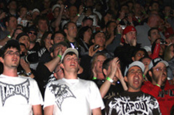 ufc mma audience tapout crowd lame nerds toughguys
