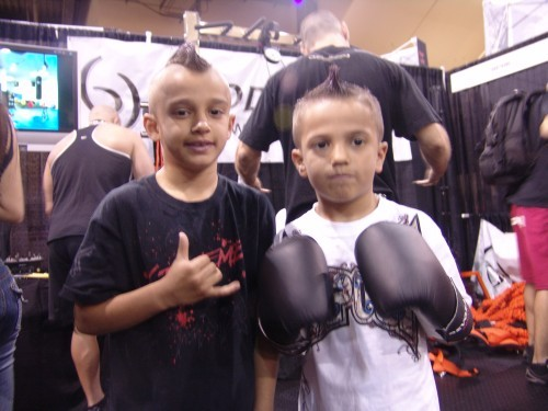 mma kids gloves tapout ufc