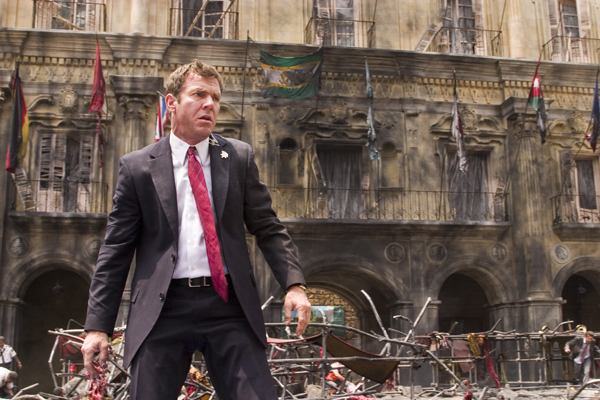 Vantage point dennis quaid explosion violence movie scene still cap screencap image