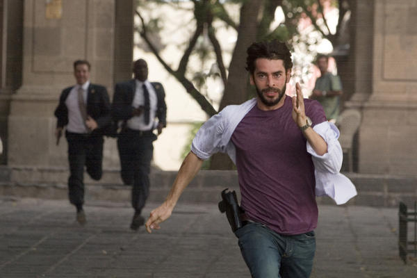 vantage point running scene chase action still movie review