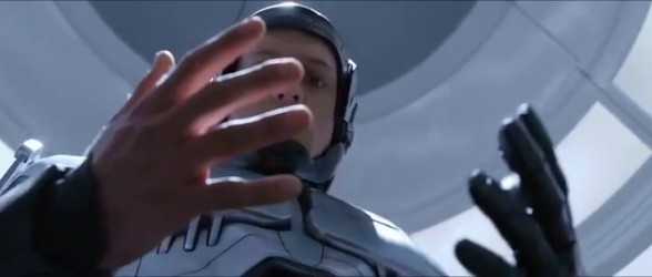 robocop_2014_trailer_the_left_hand_feels_like_somebody_else