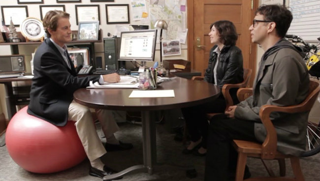 Kyle MacLachlan, mayor portlandia tv ifc review political correctness