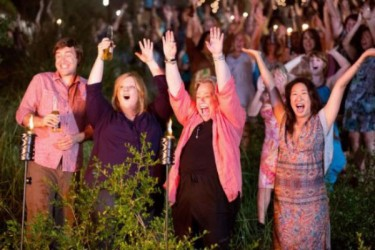 So you are aware: Melissa McCarthy will be appearing n a hot tub in this movie. Fortunately for all, Kathy Bates will NOT be appearing in a hot tub in this movie.