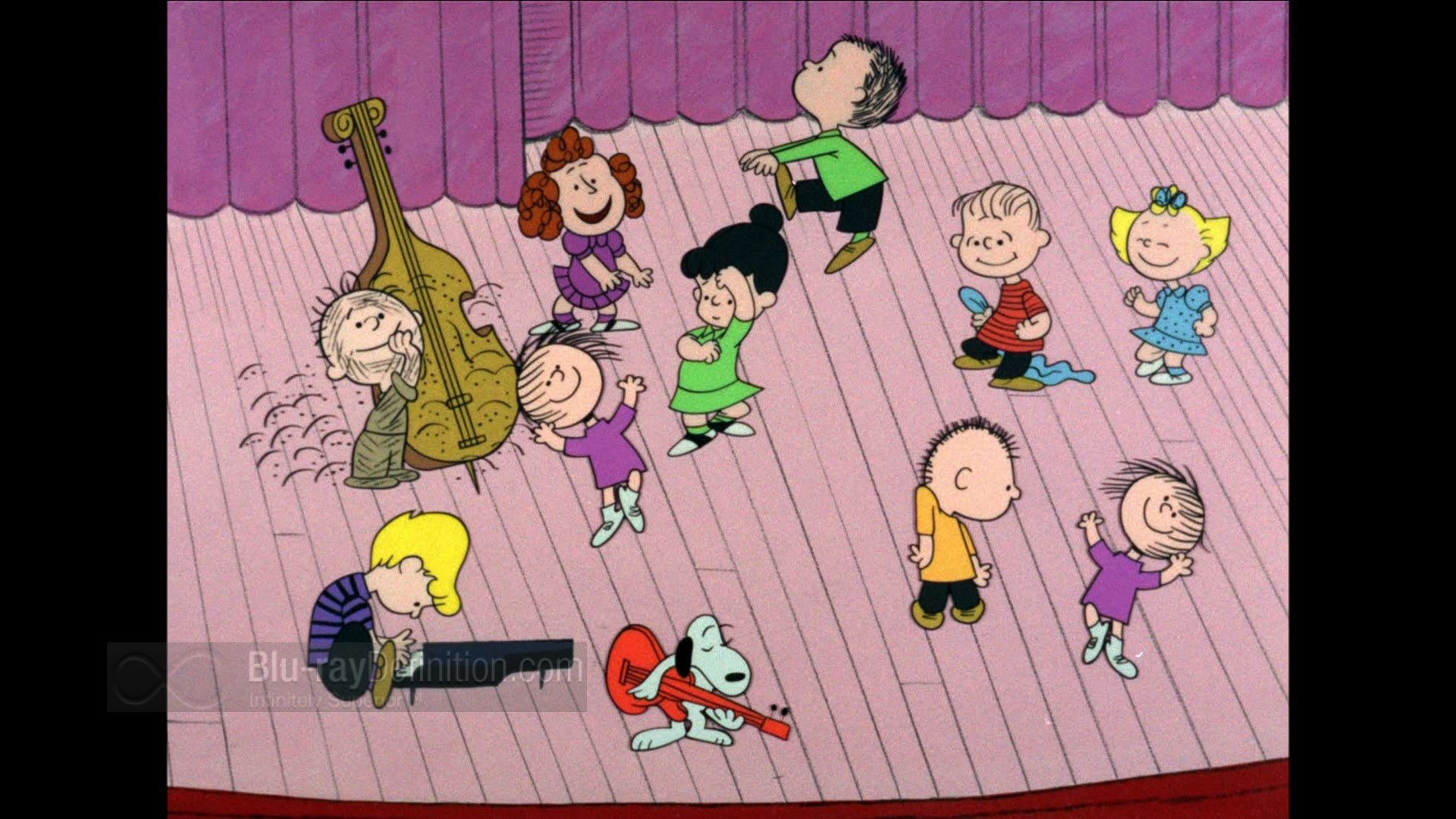 charlie brown article 2 - Peanuts Christmas Special